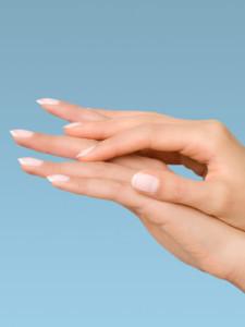 54dadb6e54983_-_sev-manicure-hands-062410-lgn
