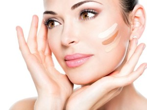 Five-Ways-Of-Applying-Liquid-Foundation-1