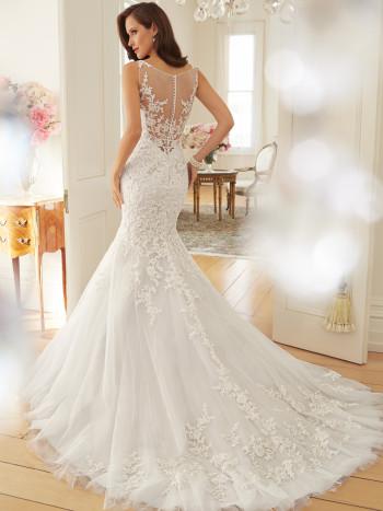 Y11572_bk_Designer-Wedding-Dresses-2015-350x467