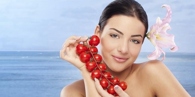 atasi-jerawat-dengan-mudah-dan-murah-gunakan-masker-tomat-bisa-begini-caranya