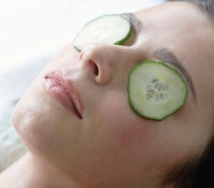 cucumber-on-eyes