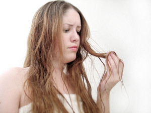 dry-hair-and-split-ends