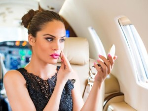 in-flight-beauty-tips2.jpg.rend.tccom.616.462