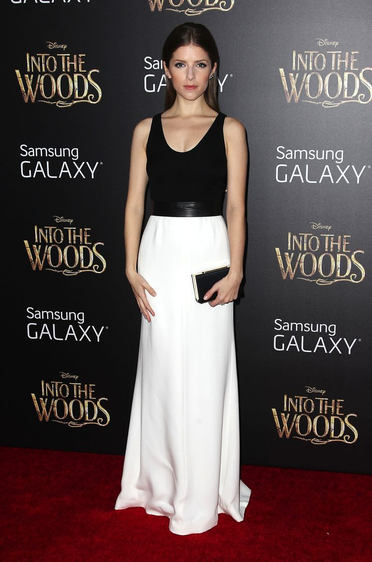 Mandatory Credit: Photo by Startraks Photo/REX (4283456e) Anna Kendrick 'Into The Woods' film premiere, New York, America - 08 Dec 2014 World Premiere of 'Into The Woods' WEARING NARCISO RODRIGUEZ