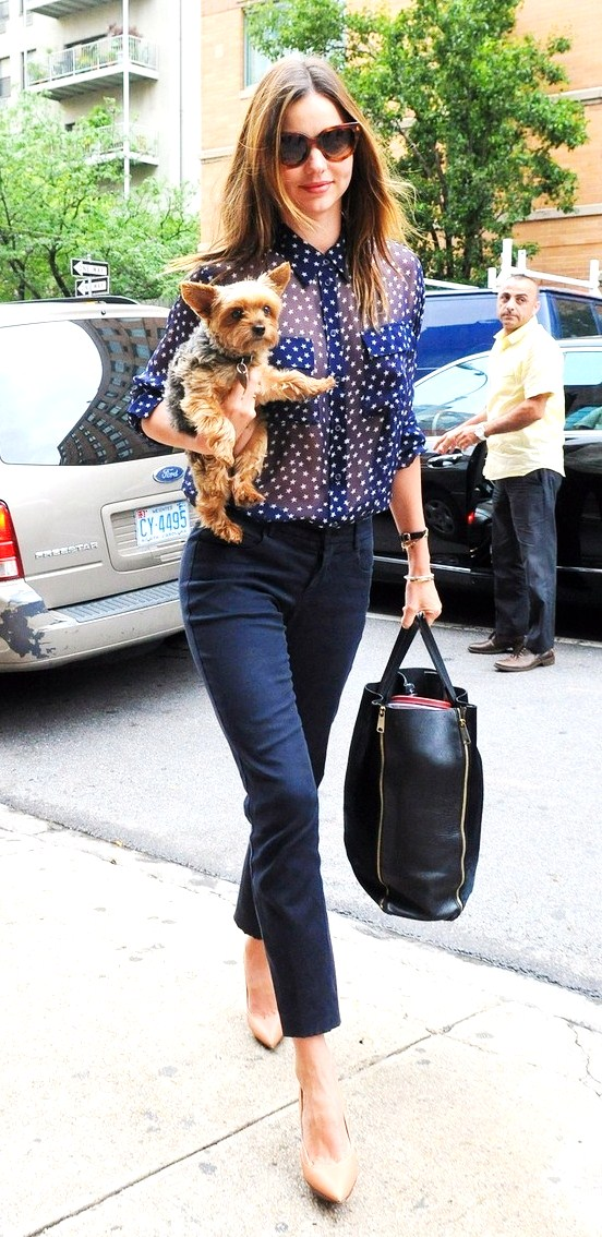 79574, NEW YORK, NEW YORK - Wednesday June 13, 2012. Gorgeous Victoria Secret model Miranda Kerr is seen arriving at a studio with her little dog in hand in New York City. Photograph: © PacificCoastNews.com **FEE MUST BE AGREED PRIOR TO USAGE** **E-TABLET/IPAD & MOBILE PHONE APP PUBLISHING REQUIRES ADDITIONAL FEES** LOS ANGELES OFFICE:+1 310 822 0419 LONDON OFFICE:+44 20 8090 4079