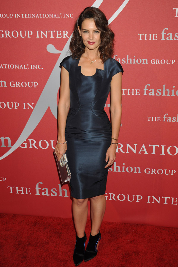 "Fashion Arrivals: The Fashion Group International presents the 32nd Annual Night of Stars ""The Revolutionaries"", held at Cipriani Wall Street in NYC Pictured: Katie Holmes Ref: SPL1158155 221015 Picture by: Johns PKI / Splash News Splash News and Pictures Los Angeles: 310-821-2666 New York: 212-619-2666 London: 870-934-2666 photodesk@splashnews.com"