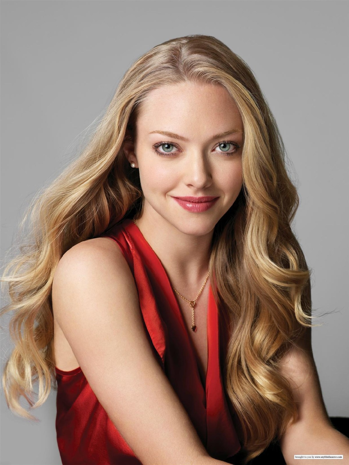 Lucky-Magazine-amanda-seyfried-5755401-1200-1598
