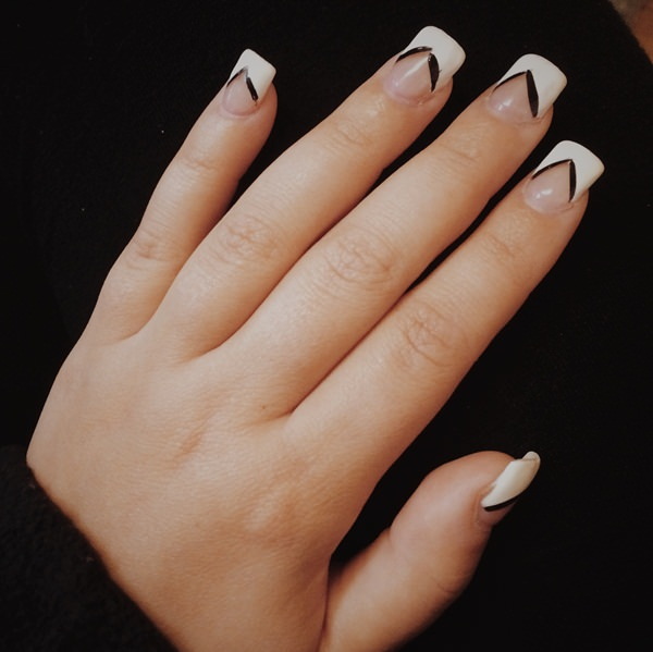 black-and-white-nail-designs-43