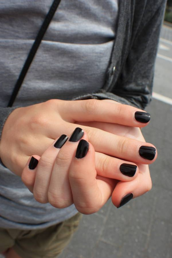 black-and-white-nail-designs-44