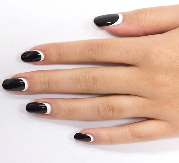 black-and-white-nail-designs-45