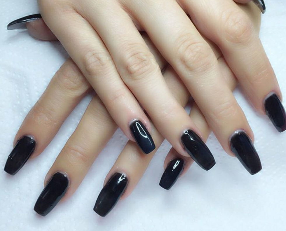black-coffin-nails