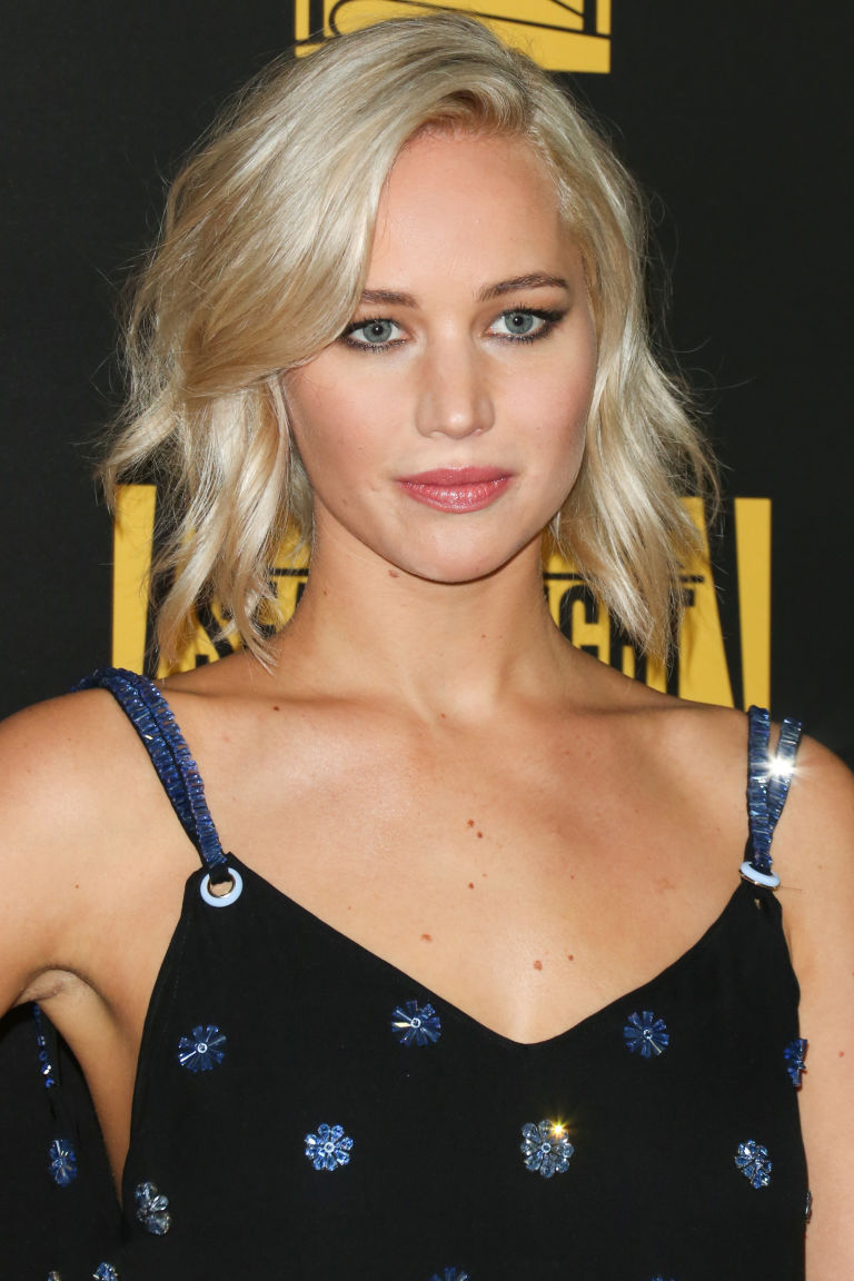 hbz-the-list-spring-haircuts-jennifer-lawrence-gettyimages-504502850