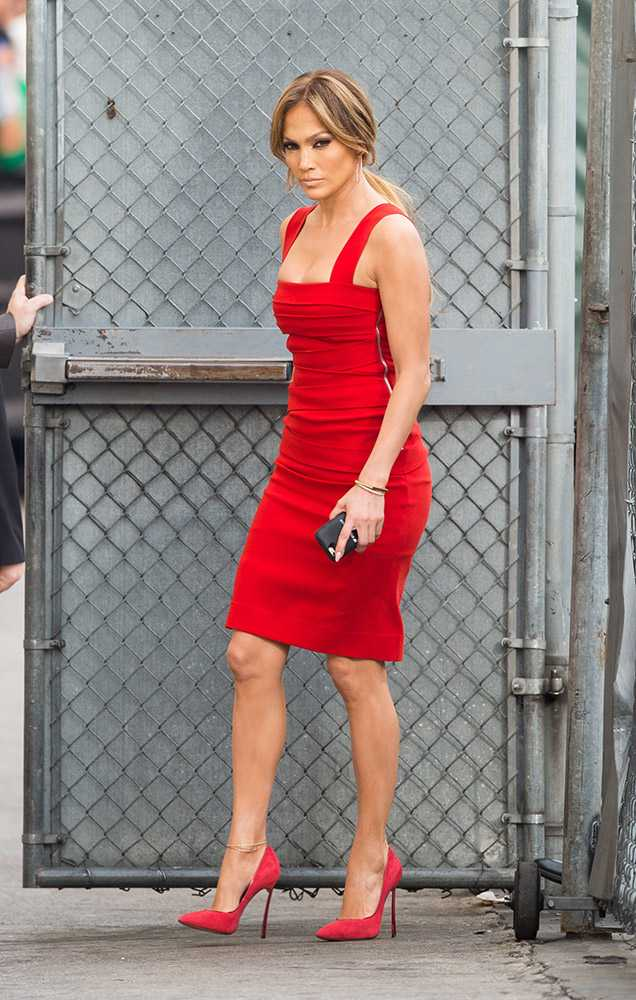 jennifer-lopez-2015-03-10-before-an-appearance-on-jimmy-kimmel-live-in-los-angeles-getty__large