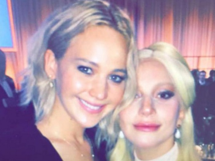 picture-of-lady-gaga-and-jennifer-lawrence-photo-700x525
