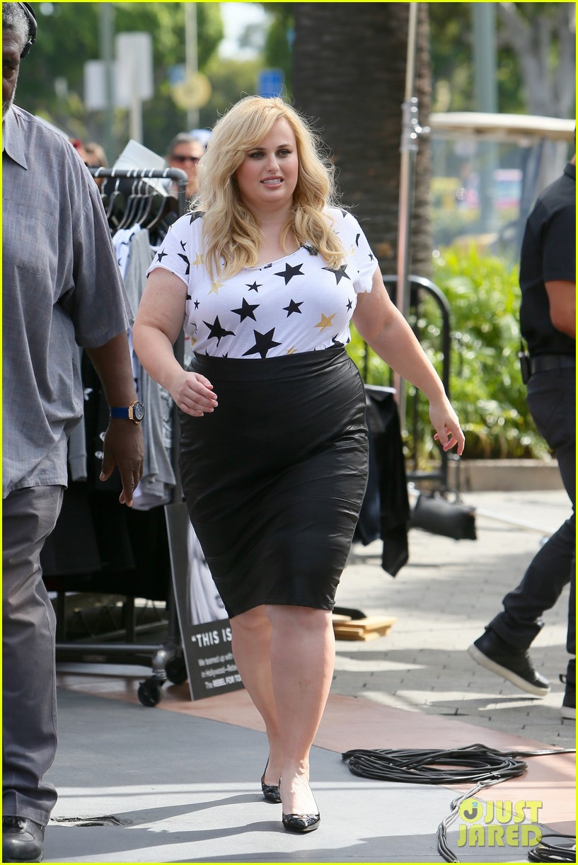 Rebel Wilson seen being interviewed by Mario Lopez at Universal Studios for Extra TV. Featuring: Rebel Wilson Where: Los Angeles, California, United States When: 27 Oct 2015 Credit: Michael Wright/WENN.com