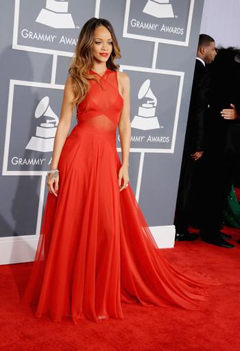 rihanna-2013-grammy-awards-dress
