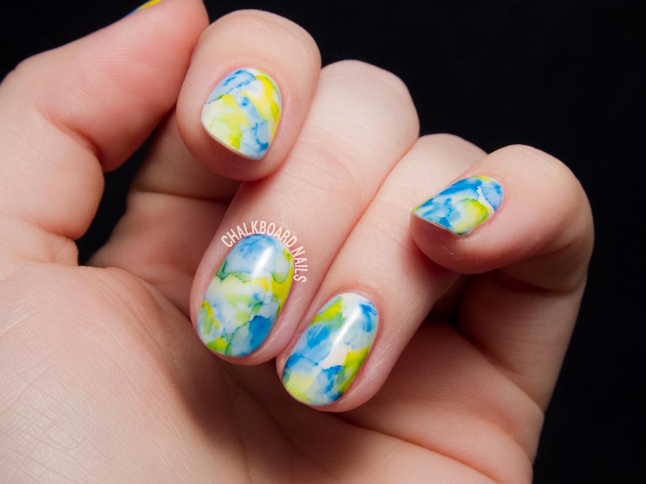 sharpie-marble-gel-nail-art-1