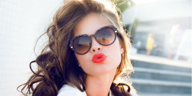 tips-cantik-buat-kamu-yang-berkacamata