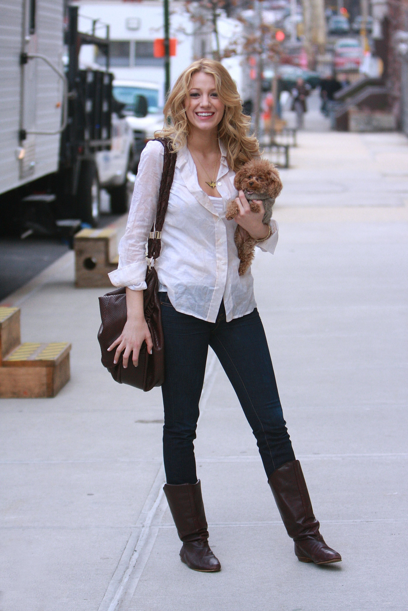 "Actress Blake Lively on location for ""Gossip Girl"" on March 14, 2008 in New York City. Celebrity Sightings in New York - March 14, 2008 Streets of Manhattan New York, NY United States March 14, 2008 Photo by James Devaney/WireImage.com To license this image (51595240), contact WireImage.com"