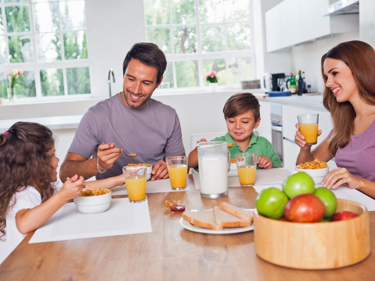 TS-161146814_family-with-small-kids-eat-in-kitchen-breakfast.jpg.rend.hgtvcom.1280.960
