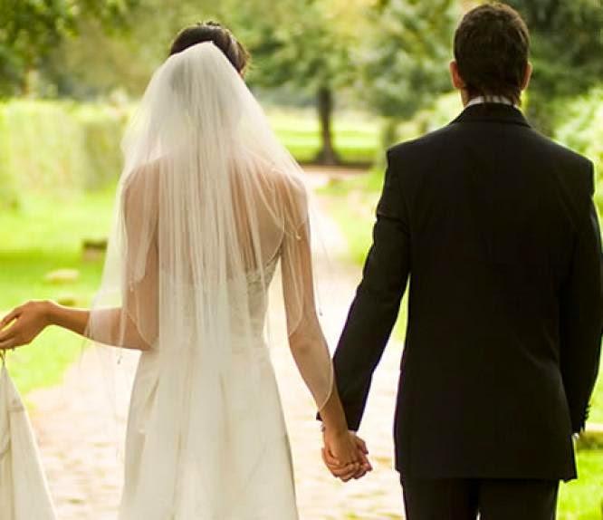 Alasan Wanita Menikah Di Usia 25 Tahun