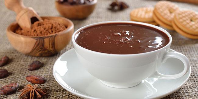 ganti-susu-sapi-pada-hot-cokelat-dengan-ini-agar-lebih-sehat